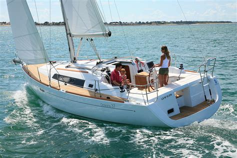 sailboats used in competitive sailing sail universe choice 9 used sailboats under 36 we love