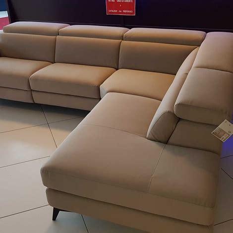 lissoni divani outlet divano francoferri lissoni con recliner elettrico e