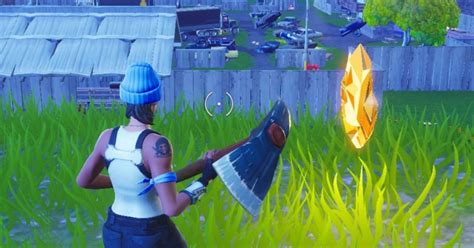 how fortnite xp works fortnite scarecrow pink hotrod and a big screen