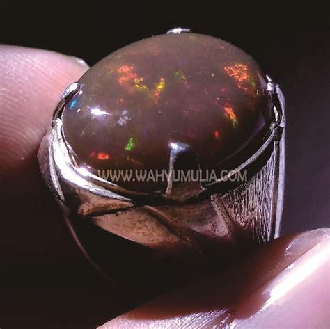 Batu Kalimaya Banten Indonesia batu cincin brown opal kalimaya kode 370 wahyu mulia