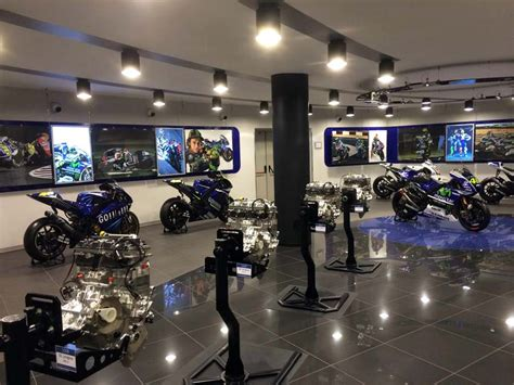 Motorcycle Dealers Leicestershire by Motorcycle Inside Yamaha S Motogp Race Shop