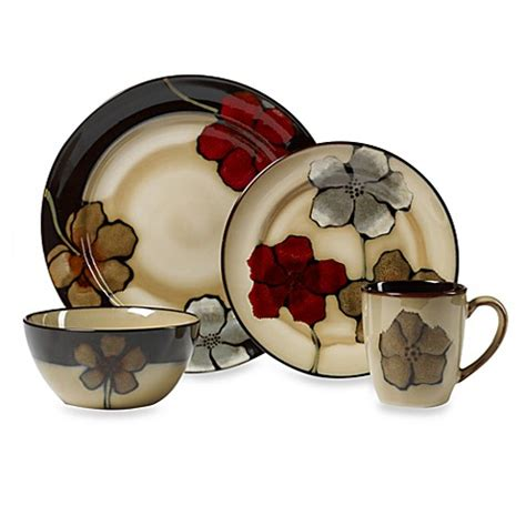 bed bath and beyond dish sets buy pfaltzgraff 174 painted poppies 16 piece dinnerware set