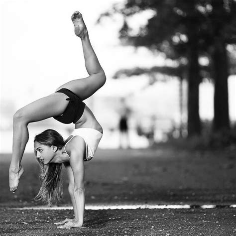 yoga meditation tutorial 226 best contortion training images on pinterest