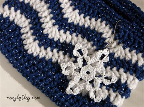 zig zag crochet pattern bag free pattern tasty little chevron bag