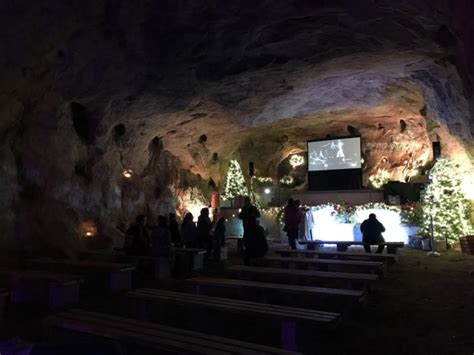 the christmas cave in minford ohio at white gravel mines