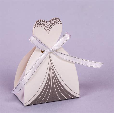 Invitaciones Para15aos Cajitas En Forma De Vestido   cajita vestido de novia
