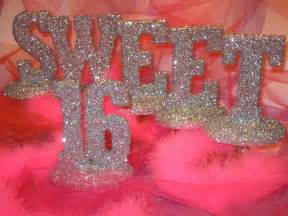 Sweet sixteen also on a stand or as a banner