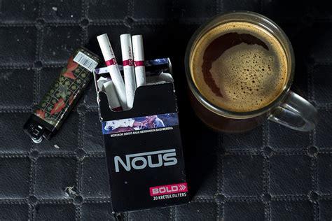membuat mobil dari kardus rokok membuat penyangga handphone dari bungkus rokok bungkus rokok