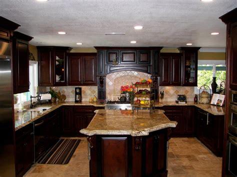 Orange County Kitchen Cabinets by Kitchen Design Trend Consistent Kitchen Island Height