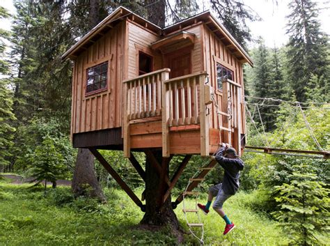 tv shows about buying houses tv show piques interest in missoula treehouse zipline builder s work
