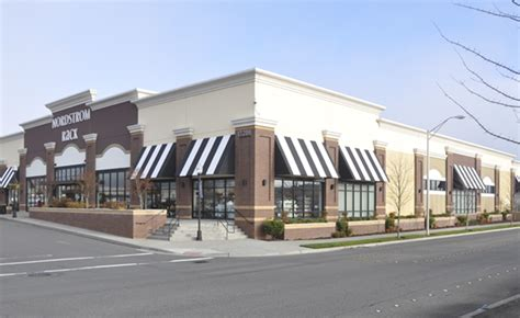 rainier awnings residential commercial awnings by rainier awnings