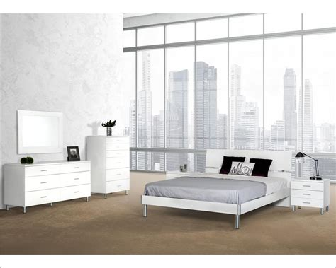 modern white bedroom furniture white finish bedroom set in contemporary style 44b123set