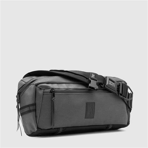 kadet moto messenger bag a bag built for the city 8 quot h