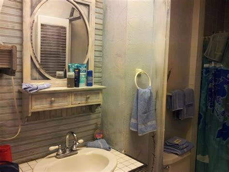 chartres room bathroom in chartres room picture of biscuit palace guest house new orleans tripadvisor