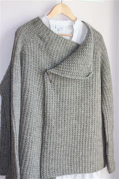 arm knit sweater pattern 18 best my outlander knitwear images on pinterest arm