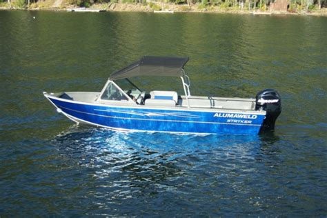 alumaweld boat models research 2013 alumaweld boats stryker sport 18 on