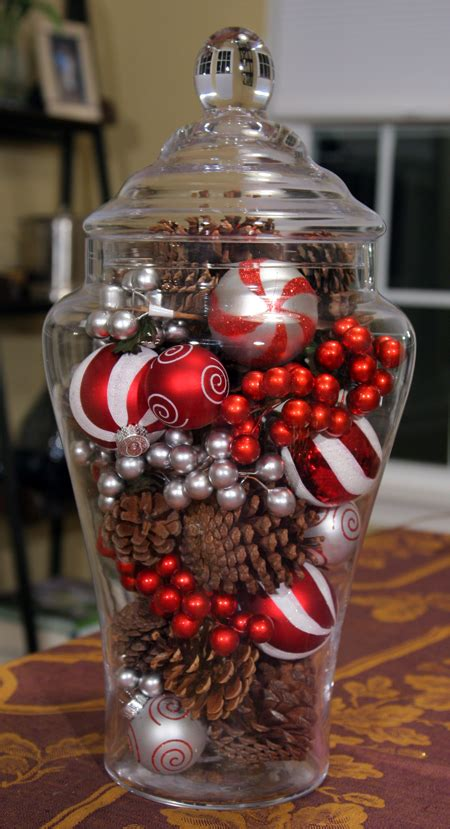 easy christmas centerpieces to make 4 simple centerpieces 24 7