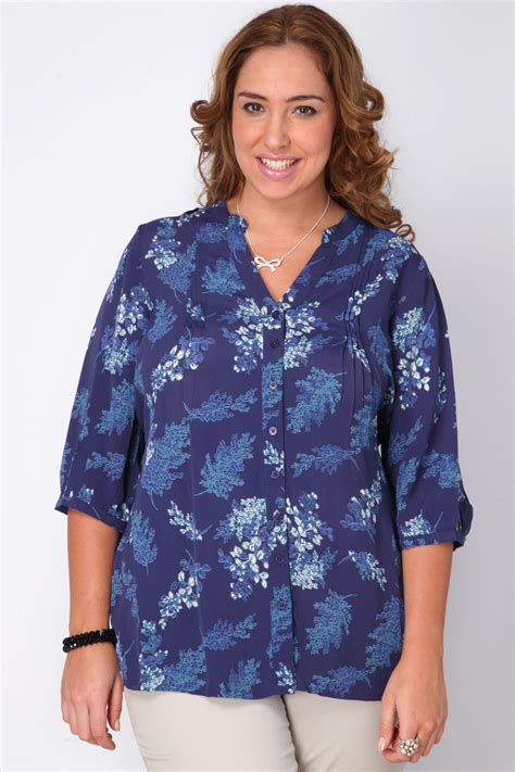 Navy Blue Blouse Plus Size by Navy Blue Floral Print Blouse With Pintuck Detail Plus