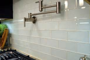 kitchen backsplash subway tile the uses for white glass subway tile subway