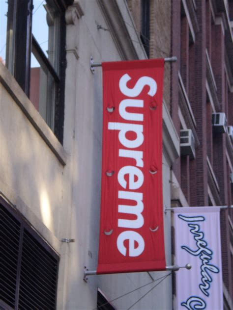 supreme new york store 301 moved permanently