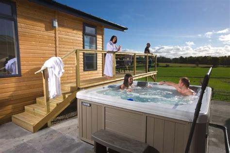 Scotland Lodges With Tub kessock highland lodges luxury lodges with tubs