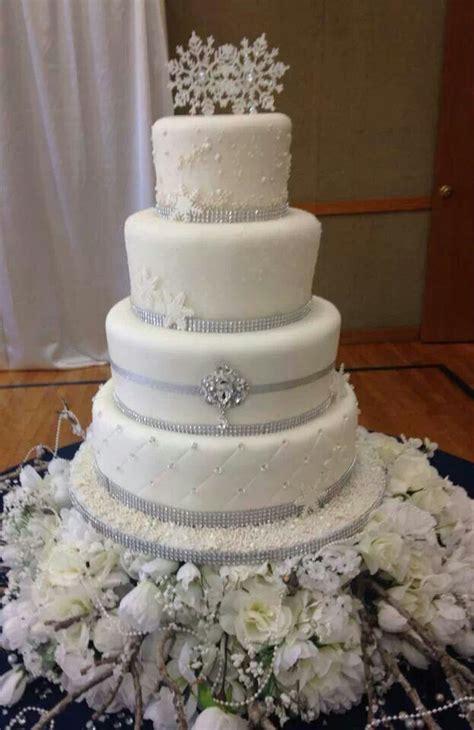 winter wedding cake things i winter wedding winter