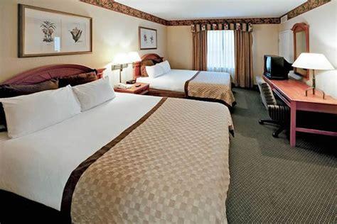 2 bedroom suites orlando near universal studios staysky suites orlando near universal studios timeshare