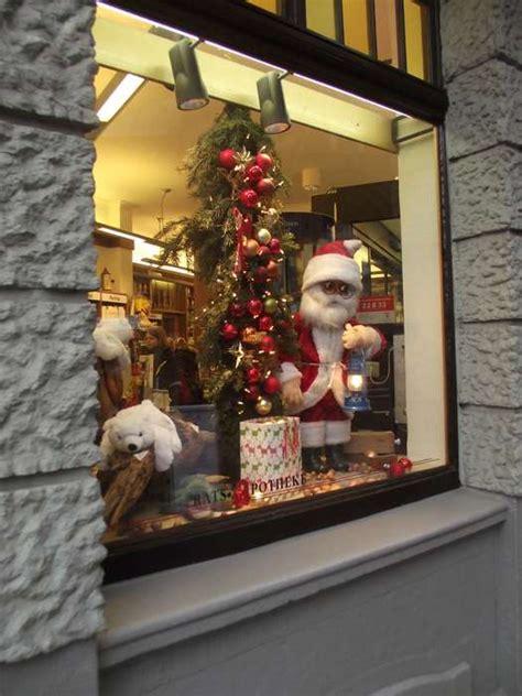 deco möbel berlin 40 weihnachtsdeko schaufenster apotheke friseurr ume und