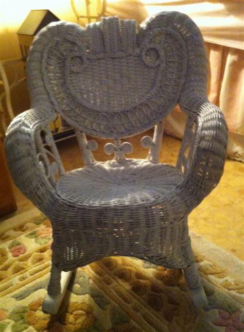 choosing  baby shower chair baby ideas