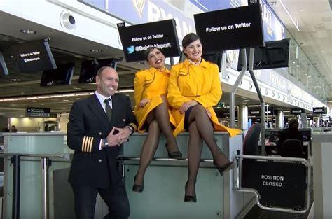 Ryanair Cabin Crew by Ryanair New Launch Havayolu 101