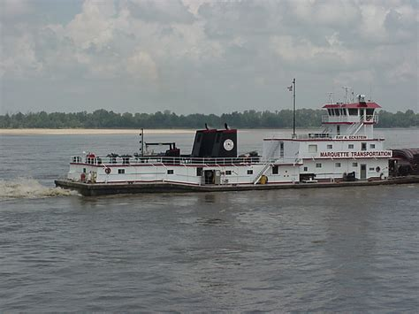 mississippi river boats navcal towboats