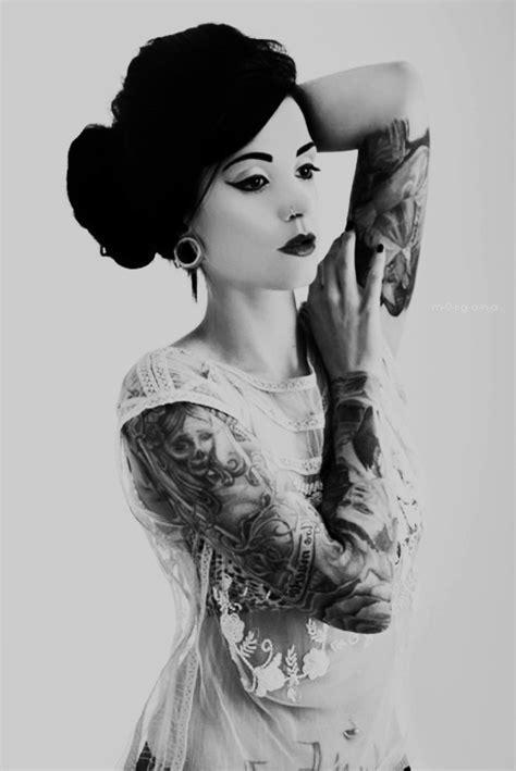 tattoo girl rock tattoos women geisha tattoo love