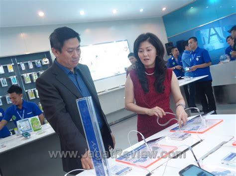 Samsung S3 Okeshop samsung experiential shop hadir di plaza indonesia dengan