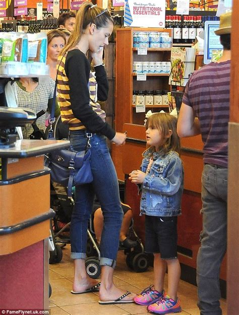 comfort feet store alessandra ambrosio shows she s a model with a healthy