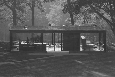 phillip johnson glass house new canaan new glass