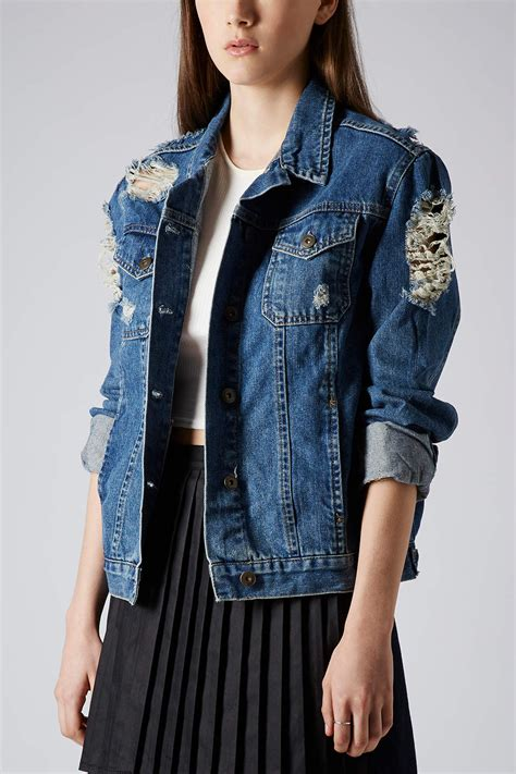 01 Jaket Ripped topshop moto ripped denim jacket in blue lyst