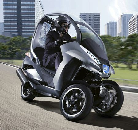 peugeot hymotion   wheels scooter concept tuvie