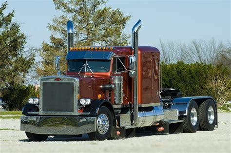 peterbilt semi trucks custom big rigs wallpapers peterbilt truck custom