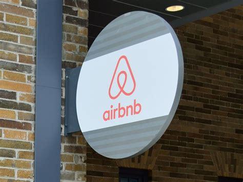 airbnb rentals berlin cracks on airbnb rentals to cool market