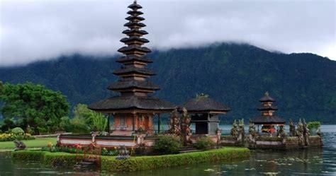 speed boat hire bali indonesia lake baratan bedugul