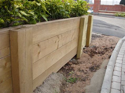How to build a retaining wall with railway sleepers
