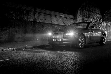 roll royce night average guys with a rolls royce wraith for 5 days this
