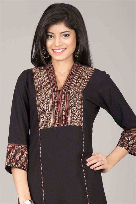 Asymmetric Tunic Blouse Farida 40 Best Embroidery Images On Indian Suits