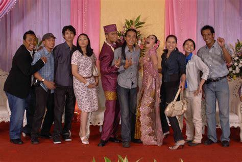 Baju Mantan by Tips Menghadiri Kondangan Pernikahan Mantan Pacar