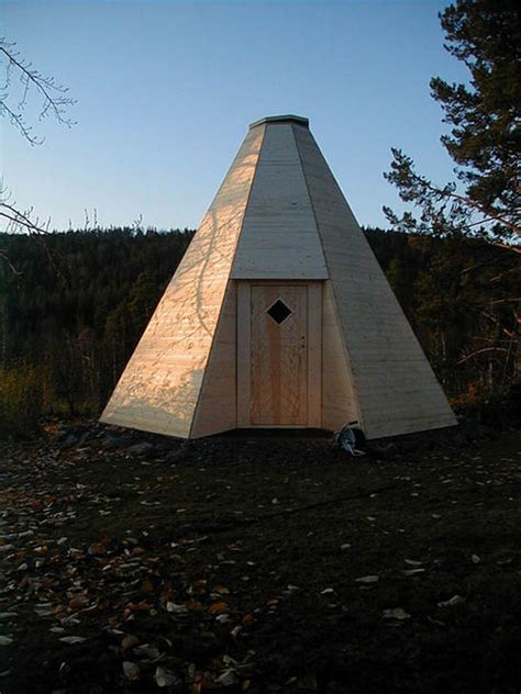 how to build own house how to build a sami hut in wood 10 steps with pictures