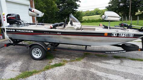 small boat on lake erie small boat on lake erie ohio game fishing your ohio