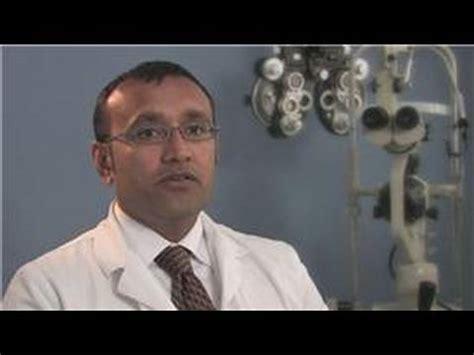 optometrist career information optometrist salary