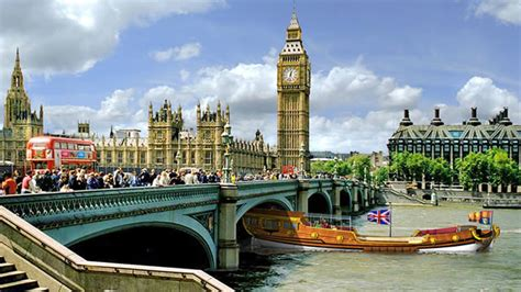 biggest tourist boat in the world london tourism results see record visitors and spending