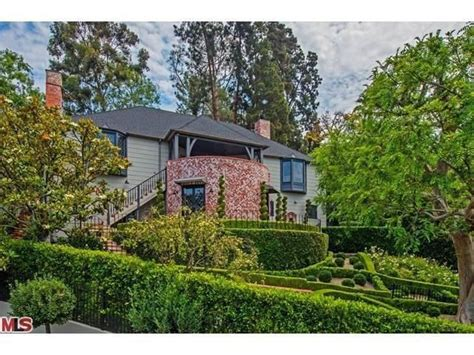 jeff home flipping out designer jeff lewis lists los feliz home