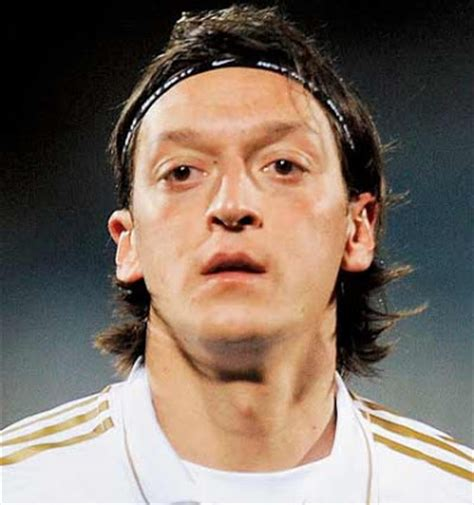 mesut ozil new haircut ozil hairstyle www pixshark com images galleries with